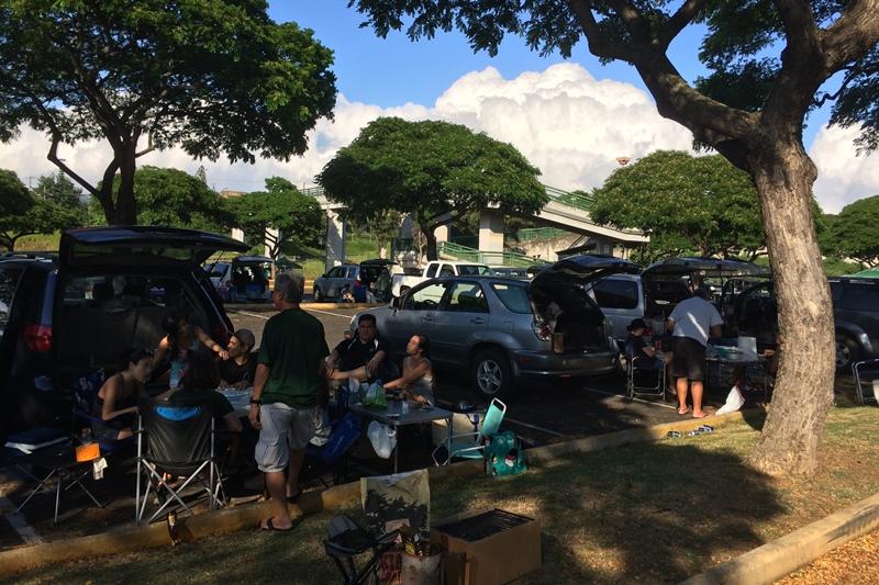 チアガールと一緒に応援しよう!ハワイ大学アメフト観戦ツアーレポート!!